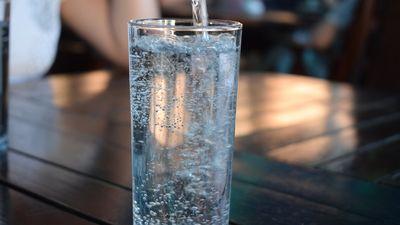 Lietojot šķiedrvielas, noteikti dzer pietiekamu daudzumu ūdens!