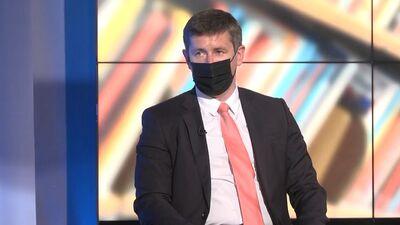 Vjačeslavs Dombrovskis komentē deputāta Ādamsona izdošanu kriminālvajāšanai