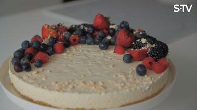Biezpiena siera kūkas recepte
