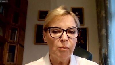 Ingrīda Latimira sniedz komentāru par veselības ministra demisijas pieprasījumu