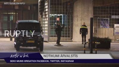 Tuvumā Nīderlandes Centrālajai bankai nošauts bruņots vīrietis