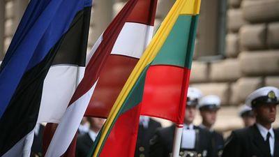 Viedoklis: Kādēļ Latvija nespēj ekonomikā apsteigt Lietuvu un Igauniju?