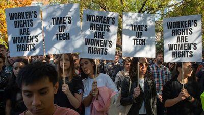 Noskaties: Kāpēc Google darbinieki uz stundu pārtrauca darbu?