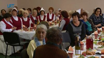 Tabores pagasta seniori svin savus svētkus