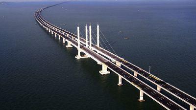 Atklāts pasaulē garākais tilts pār jūru