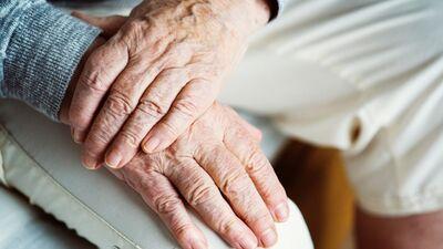 Pensionēšanās vecums 65 gadi - visur Eiropā būs vienāds