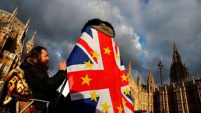 """Politologs par 'Brexit': Lielbritānijā klīst """"ideālā sarunvedēja rēgs"""""""