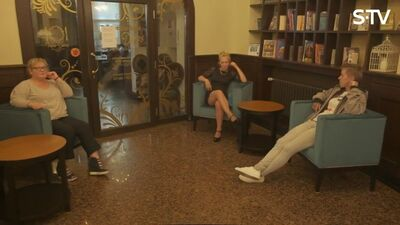 Ērkšķu dāmas iet uz darba interviju - kā veicas
