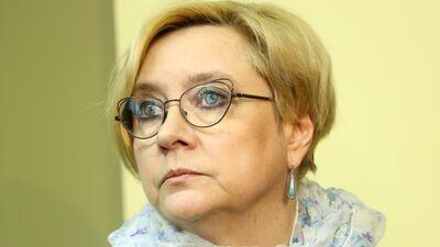 NEPLP vadītāja Ķezbere tomēr atkāpsies no amata