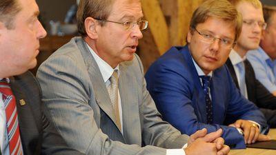 """Riekstiņš: Visās Rīgas kapitāsabiedrībās amatus ieņem """"Saskaņas""""  un GKR deputāti"""