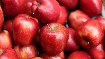 Vai zināji - ābols arī pats izstrādā vaska kārtiņu!