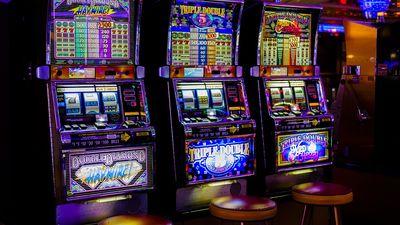 """Psihoterapeits par azartspēļu atkarīgajiem: """"Tā ir milzīga traģēdija"""""""