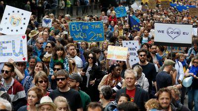 Smiltēns: Lielbritānijas sabiedrība ir smagi sašķelta