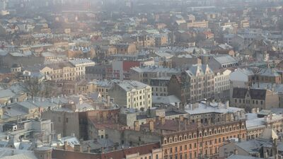 Kā apturēt Rīgas centra iztukšošanos?